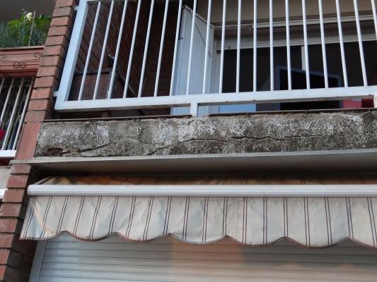 Reparaci n de fachada en el carmel barcelona david - Ladrillo ceramico perforado ...